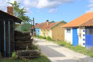 Bunte Hütten der Austernfarmer
